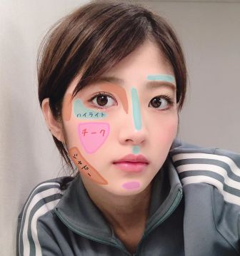 若月佑美のコスメ商品、本人自前メイク編 (1)